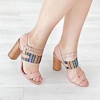 Босоножки на широком каблуке из натуральной кожи бежевый, фото 1