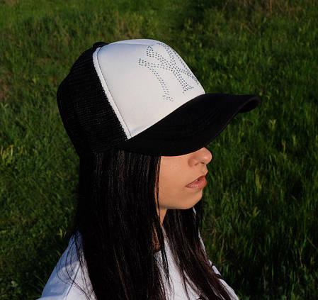 Женская кепка NY c логотипом стразы с сеткой, фото 2