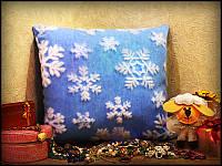Подушка Новогодняя Снежинка светящаяся