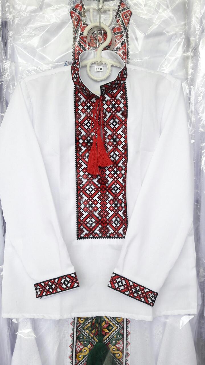 Вышитая рубашка на мальчика (рост 110-152)