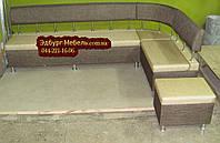 Кухонный уголок для большой кухни с пуфом 250х140см