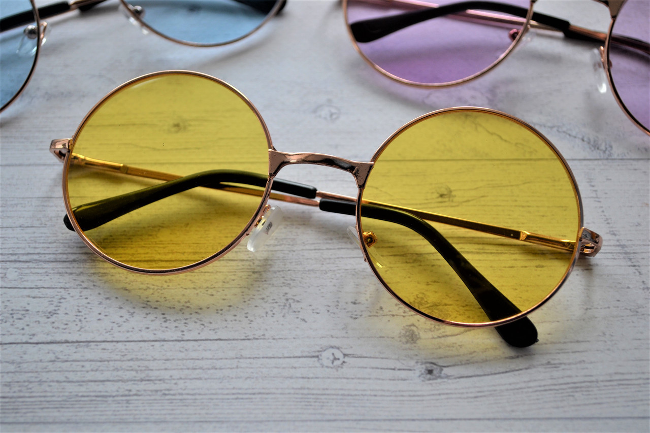 6764d2bbdb74 Солнцезащитные очки тишейды с цветной линзой Желтый -