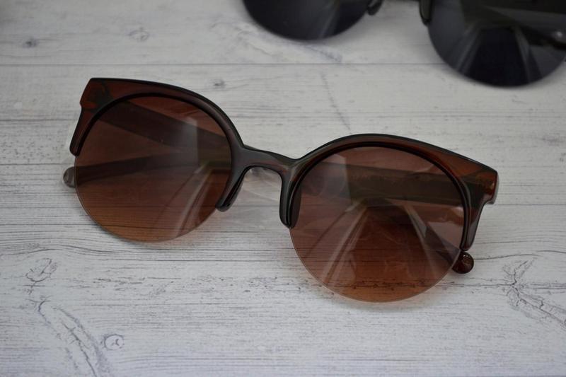2154299283f0 Солнцезащитные женские очки кошка круглые Коричневый - Bigl.ua