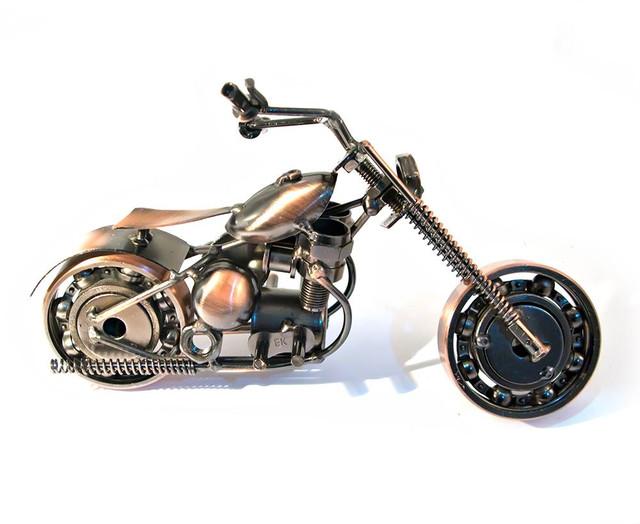 Техно-арт статуэтка мотоцикла