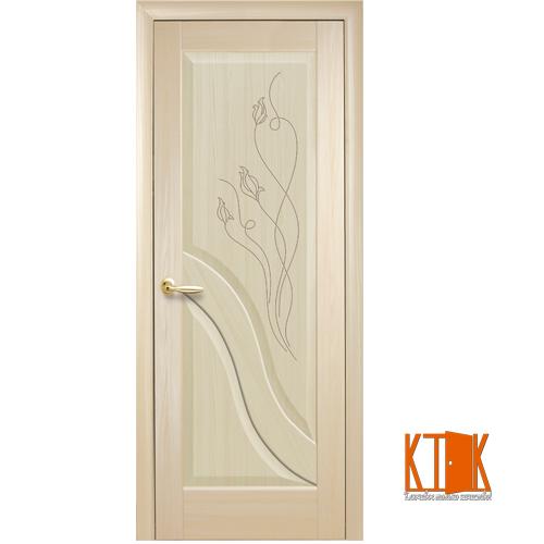 Межкомнатные двери Новый Стиль Амата ПГ гравировка ясень
