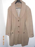 Пальто из шерсти большого размера