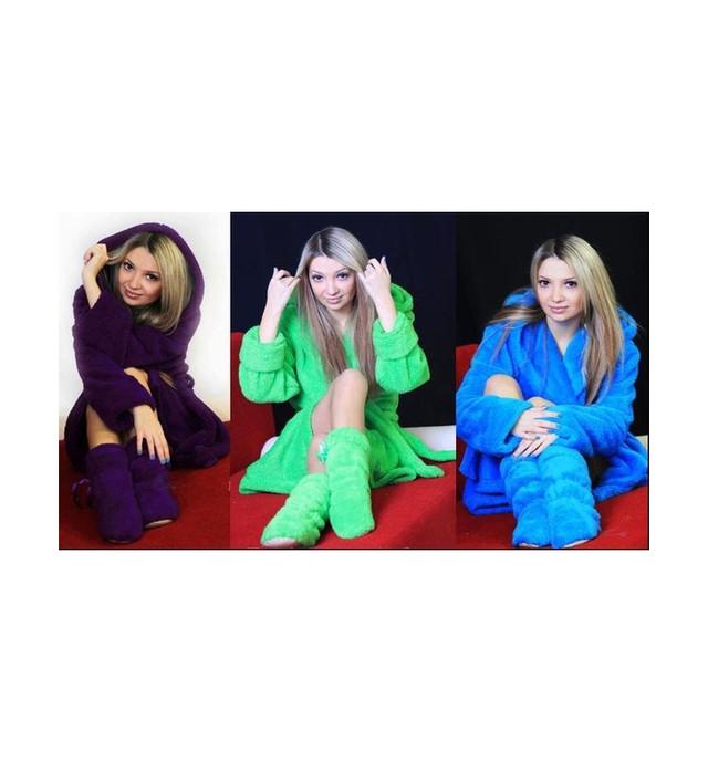 Женские халаты, пижамы и домашние тапочки