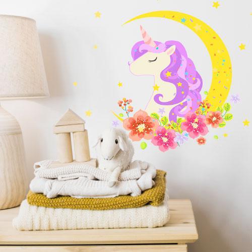 Интерьерная наклейка в детскую Единорог (виниловая самоклеющаяся пленка, конь цветы луна, декор стен на обои)