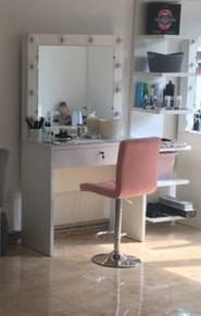 Стол для визажиста с зеркалом, туалетный столик, визажный стол