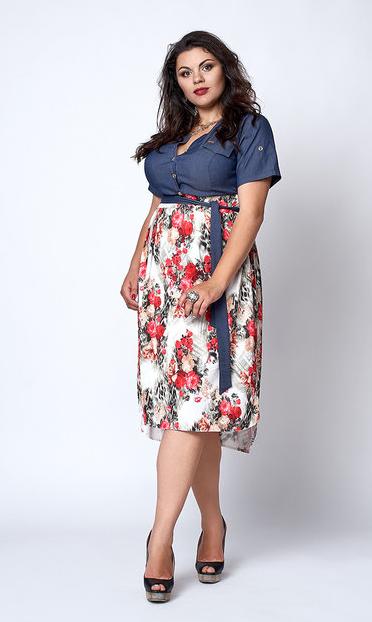 """Платье """"Алла"""" размер 50,52, букетики роз"""