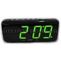 Часы сетевые 762 С-2 зеленые