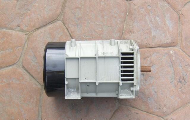 Генератор Carrier Genezis Ultra TR1000 240В