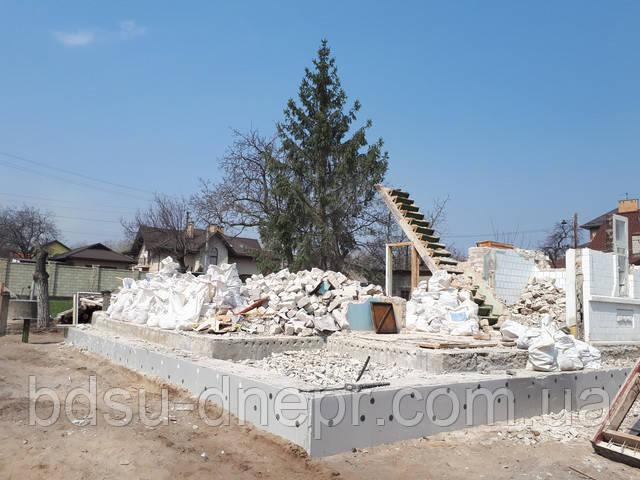 Демонтаж постройки с вывозом