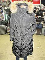 Женское зимнее стеганное пальто черного цвета с капюшоном натуральный мех р L (46) холлофайбер