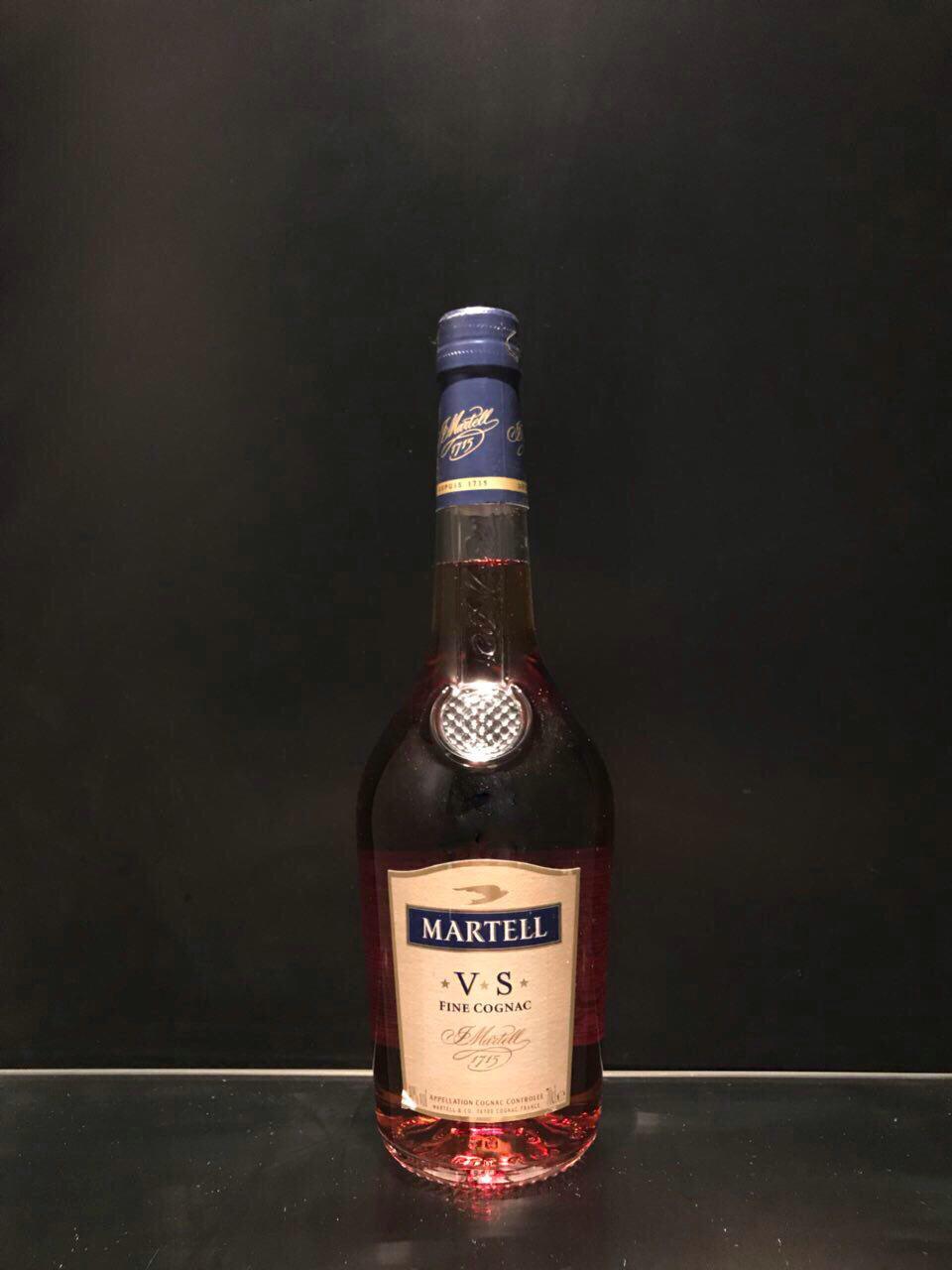 Французский коньяк Martell VS Мартель ВС 0.7л