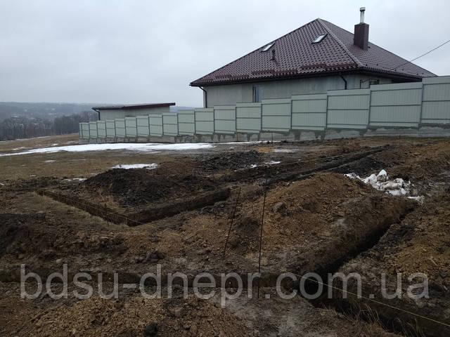 Рытьё грунта в Днепропетровске вручную