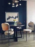 Металлический дизайнерский стул с мягким сидением