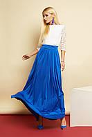 Длинное платье в пол из контрастных тканей