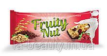 Дизайн упаковки / этикетки шоколадного батончика / конфет Fruity Nut Клюква