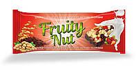 Дизайн упаковки / этикетки шоколадного батончика / конфет Fruity Nut Земляника