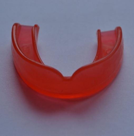 Капа одночелюстная силиконовая красная