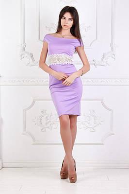 Платье  стильное с кружевом