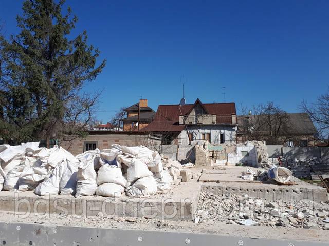 Демонтаж стен и пола в частном доме в Днепропетровске