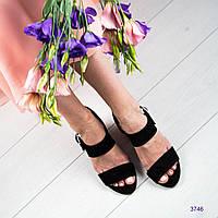 Босоножки женские на устойчивом каблуке черные, фото 1