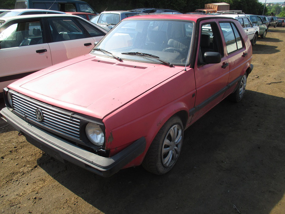 Авто під розбірку Volkswagen Golf II 1.8