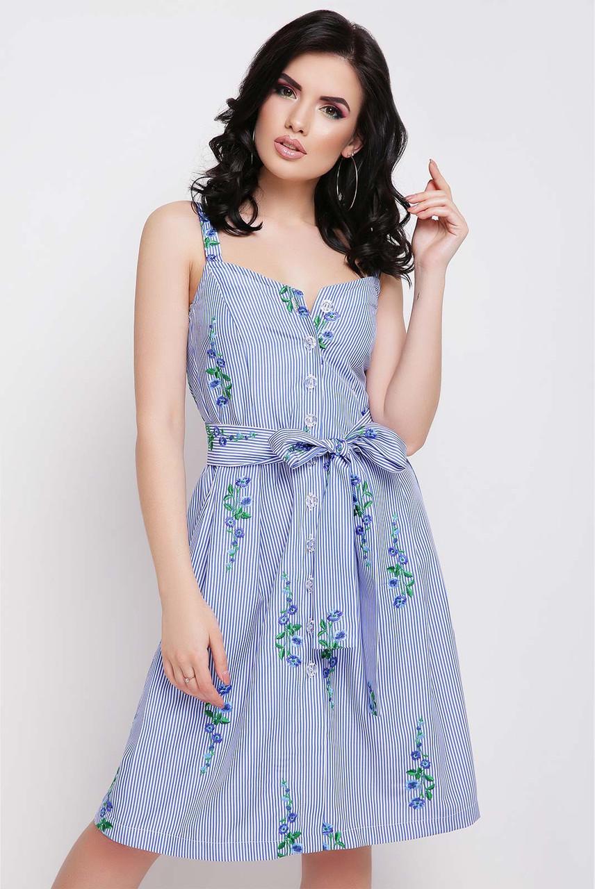 Летнее платье мини полуоблегающее без рукав с поясом синие цветы на синей полосе