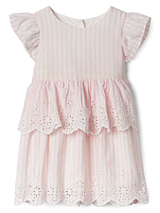 Летнее платье GAP для девочки