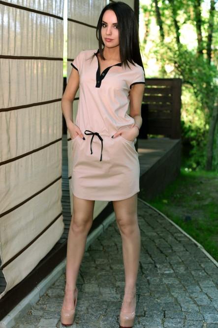 Стильное бежевое платье с кулиской Д-1232