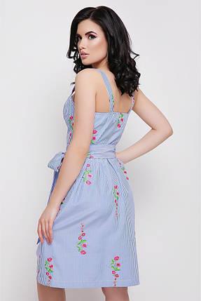 Модное платье мини полуприталенное без рукав полосатое цветочный принт синее, фото 2