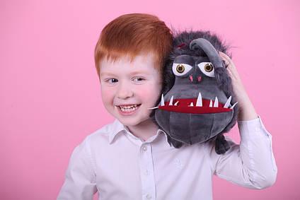 Іграшка Собака Кайл з Гидке Я 1,2,3 Kyle 30 см в наявності Кайл Гидке Я