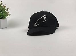 Кепка бейсболка Булавка (черный)