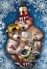 Стеклянная елочная игрушка Мишки-хоккеисты 3040