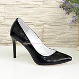 Туфли на шпильке, женские лаковые, рептилия черная, фото 2