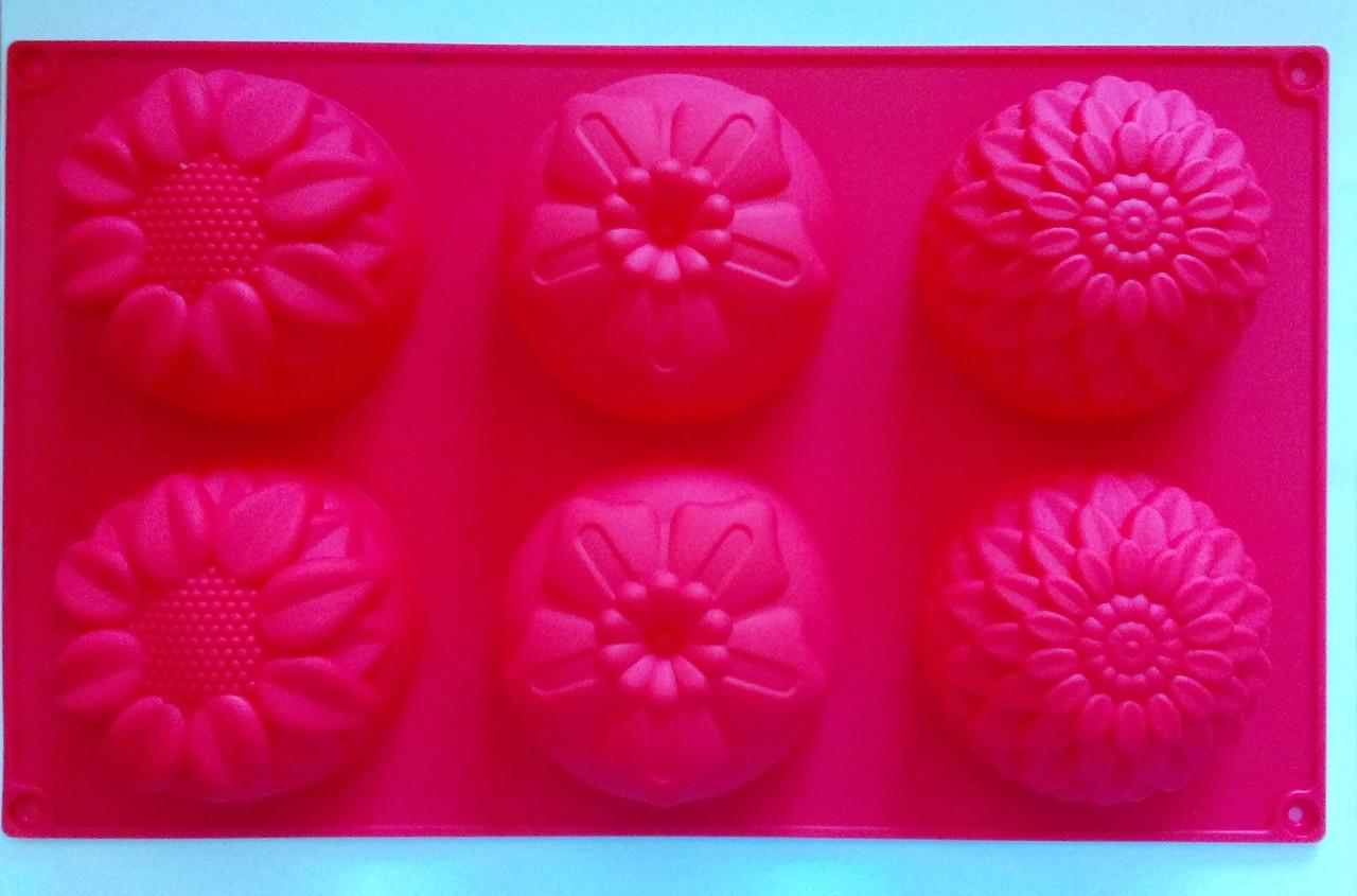 Форма силиконовая цветы ассорти2 на планшете
