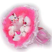 Букет из мягких игрушек Котики 3 с белыми розами