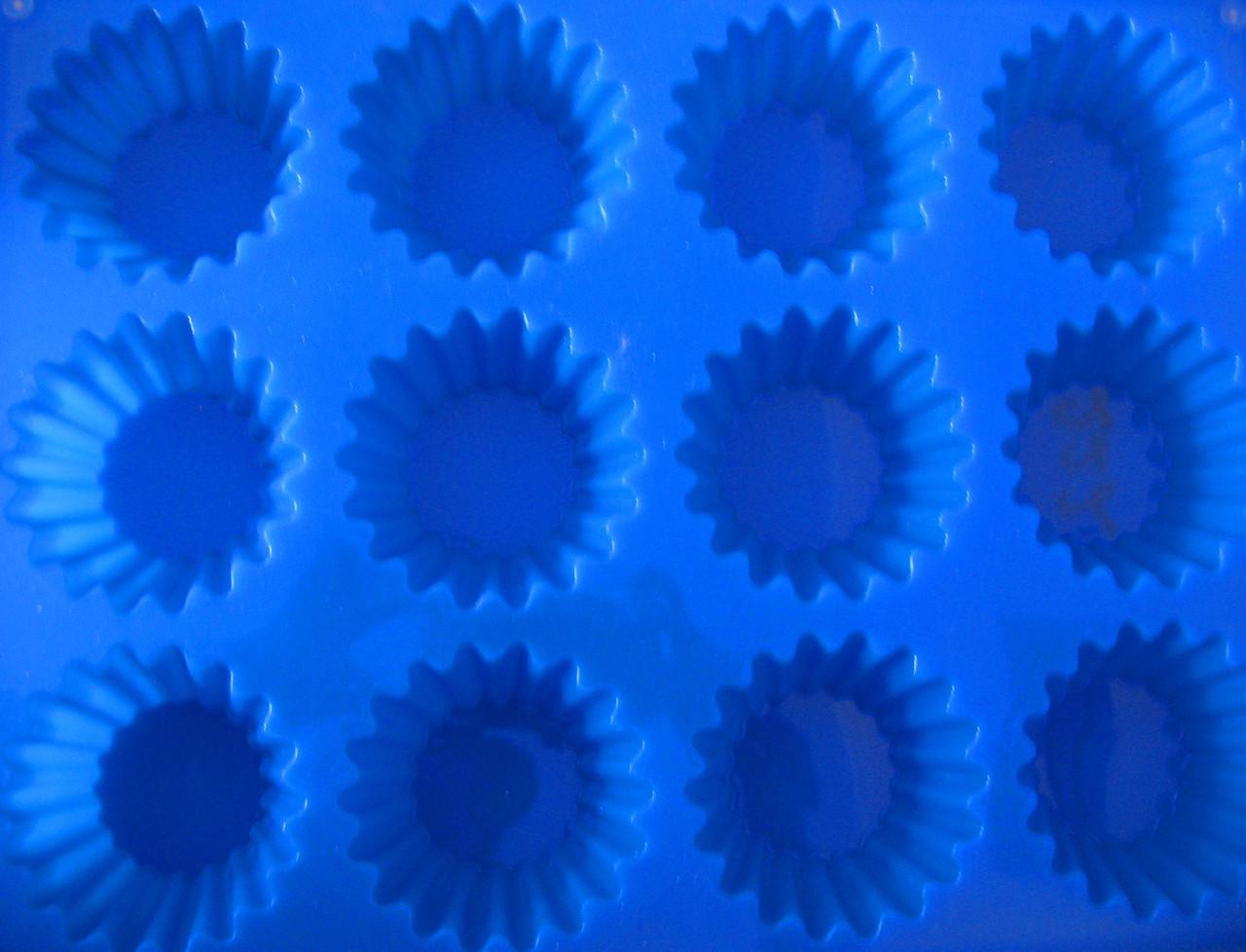 Форма силиконовая кексы остроконечные из 12 шт.