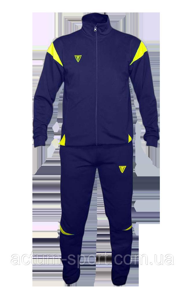 Спортивный костюм East Titar
