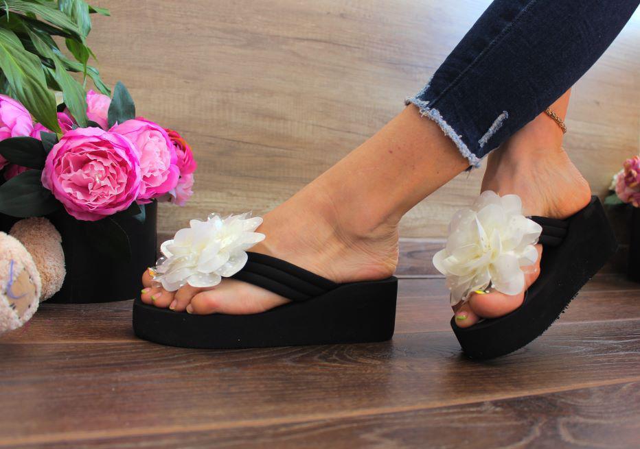 "Вьетнамки ""White Rose"" (Пено/резина, цветок текстиль)"