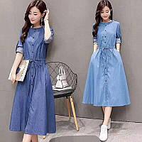 Стильное джинсовое платье миди голубого цвета