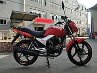 Мотоцикл HORNETR-150 (150 см.куб., красный/черный/мокрый асфальт)