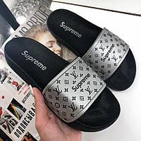 Женские шлепанцы\сланцы в стиле Louis Vuitton x Supreme Slippers Silver