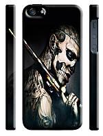Чехол  на айфон 5/5s zombie череп С ОРУЖИЕМ