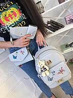 Женский рюкзак из эко-кожи на змейке.В комплекте клатч ,брелок,  косметичка и визитница