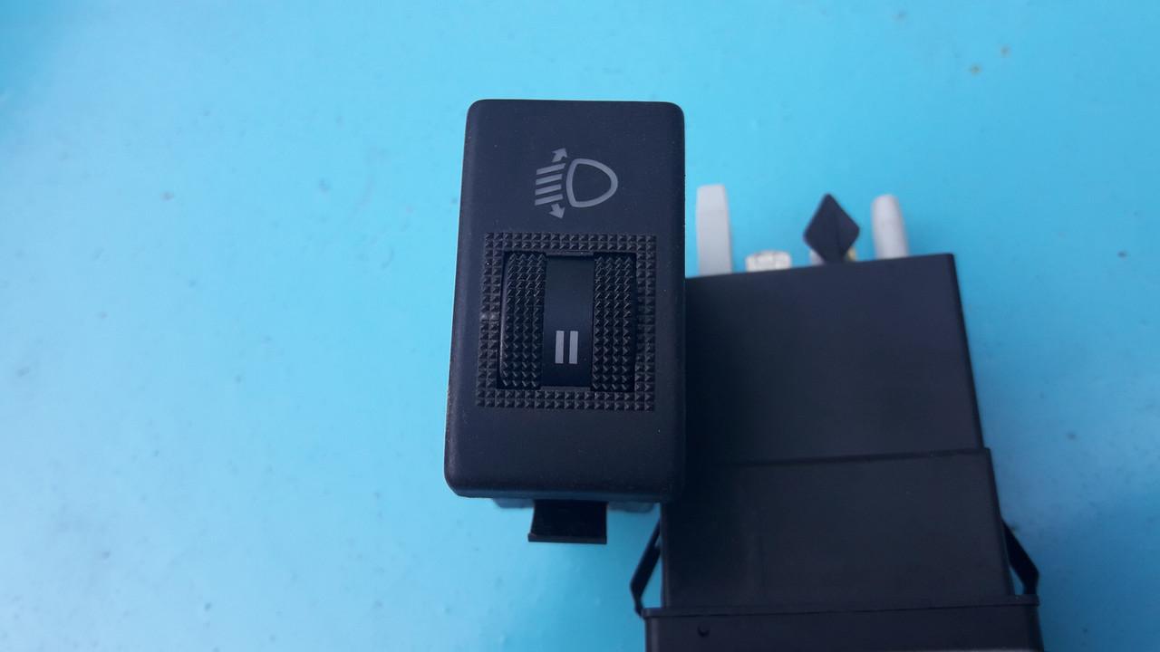 Переключатель кнопка корректора  фар ауди а4 б5 8D0941301 Audi A4 B5