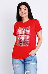 Молодежная футболка декорированая стразами и бисером
