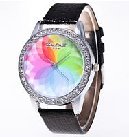 Женские кварцевые модные часы с лазерной 3d печатью и черным ремешком